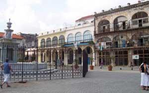20091203191427-plaza.jpg