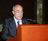 DOCTORADO HONORIS CAUSA A PROFESOR ESPAÑOL