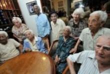 CENTENARIOS EN CUBA